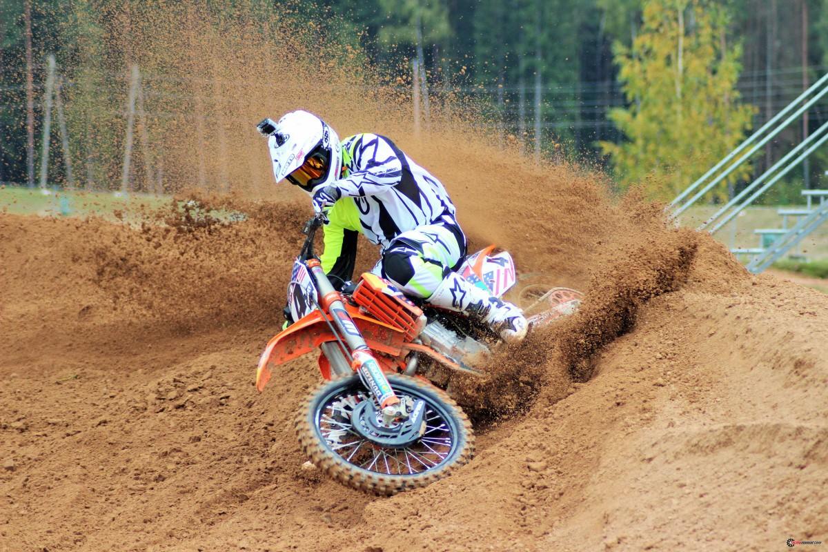 MXON KTM's of Ryan Dungey#4 Tony Cairoli#222  Jordi Tixier#911