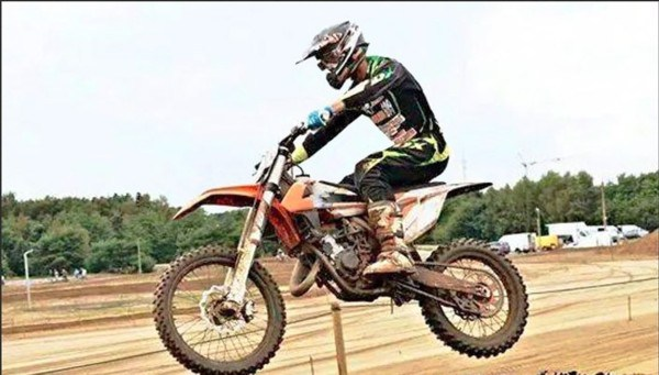 SPY PHOTOS – A.CAIROLI AND J.HERLINGS ON 2016 KTM